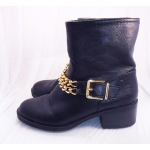 Sam & Libby Gold Chain Black Boots